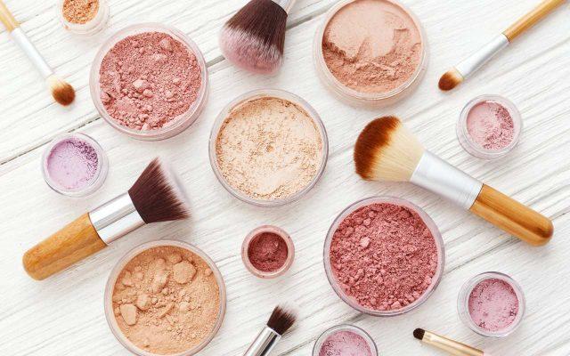 Kosmetyki, które powinna mieć każda kobieta