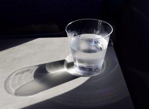 Jak dbać o jakość wody pitnej?
