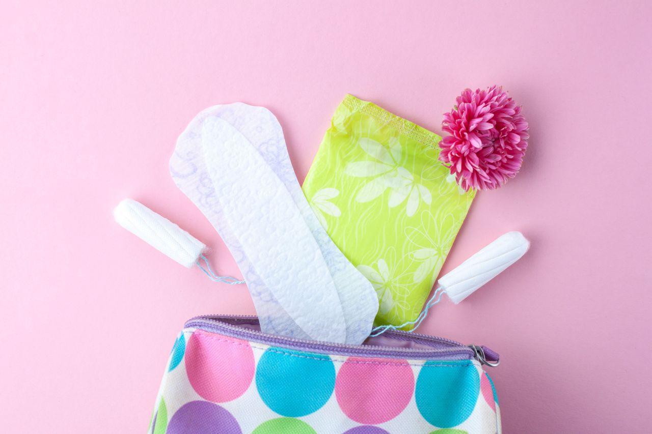 Jak dopasować rozmiar tamponów i podpasek?