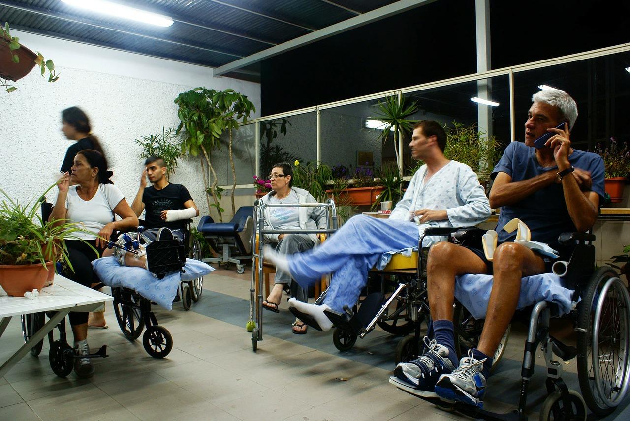 Czym się kierować przy wynajmie sprzętu do rehabilitacji?