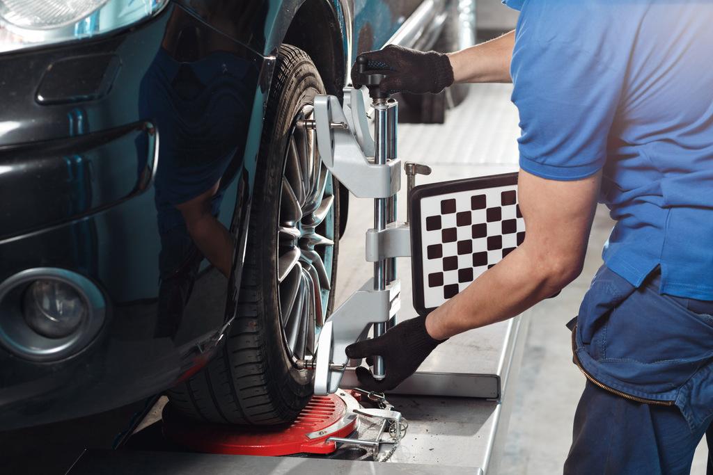 Co przyda się w samodzielnej naprawie auta?