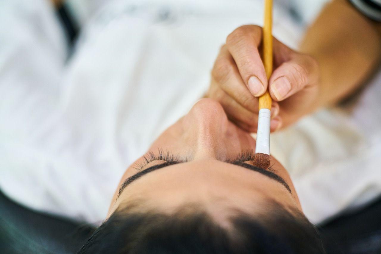 Najpopularniejsze zabiegi kosmetyczne tego roku