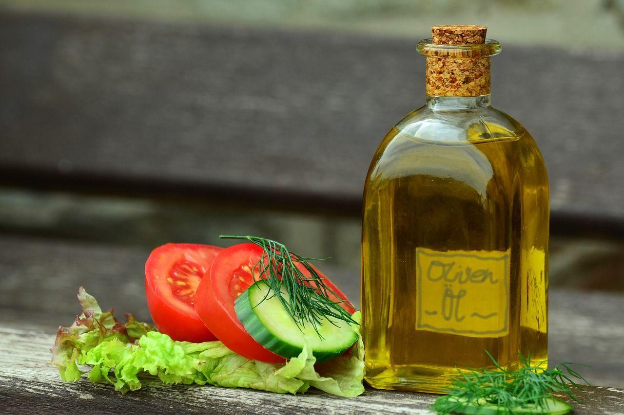 Jaką rolę dla organizmu pełnią tłuszcze roślinne?