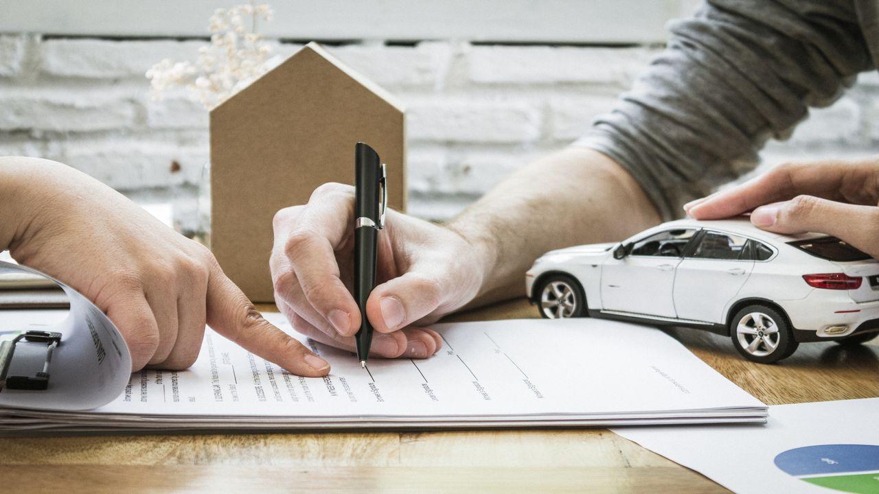 Jakie formalności trzeba załatwić podczas kupna domu?