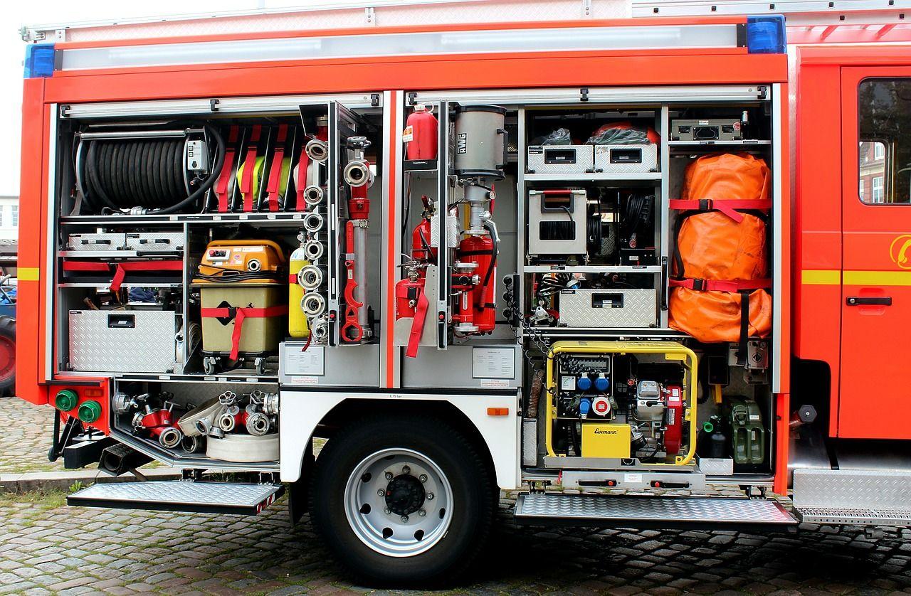Narzędzia niezbędne w wozie strażackim