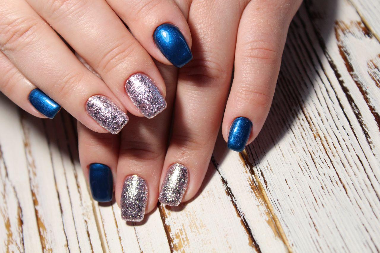 Jak zadbać o niezwykły wygląd paznokci?
