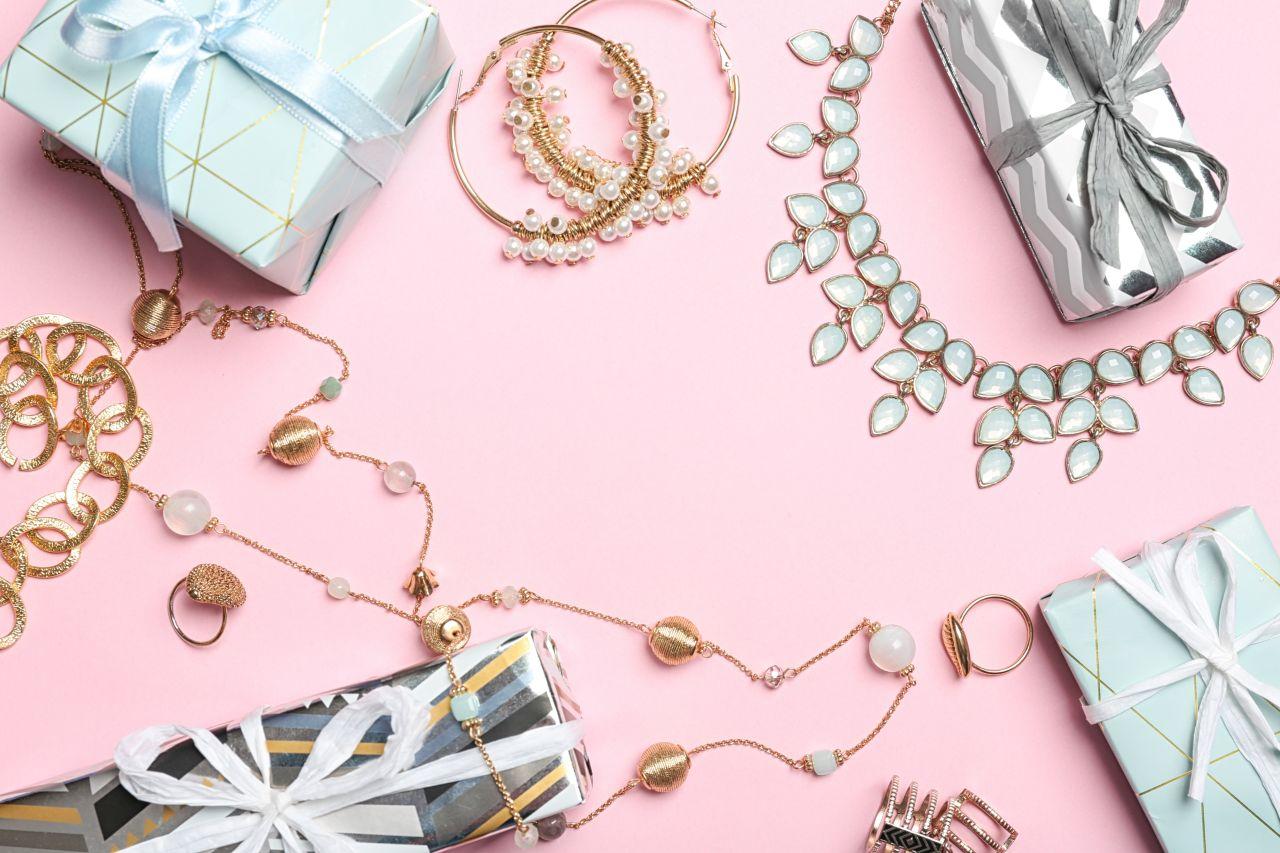 Biżuteryjne prezenty na Dzień Matki