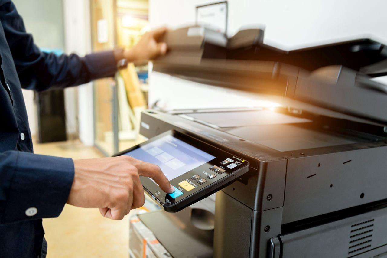 Dlaczego warto stosować oryginały i zamienniki do drukarek?