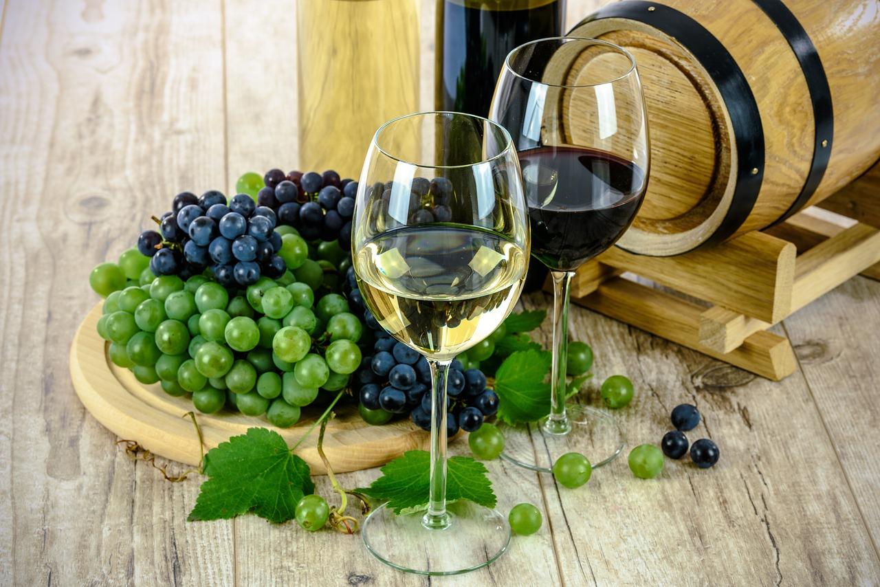 Do jakiego posiłku najlepiej wybrać wino wytrawne?