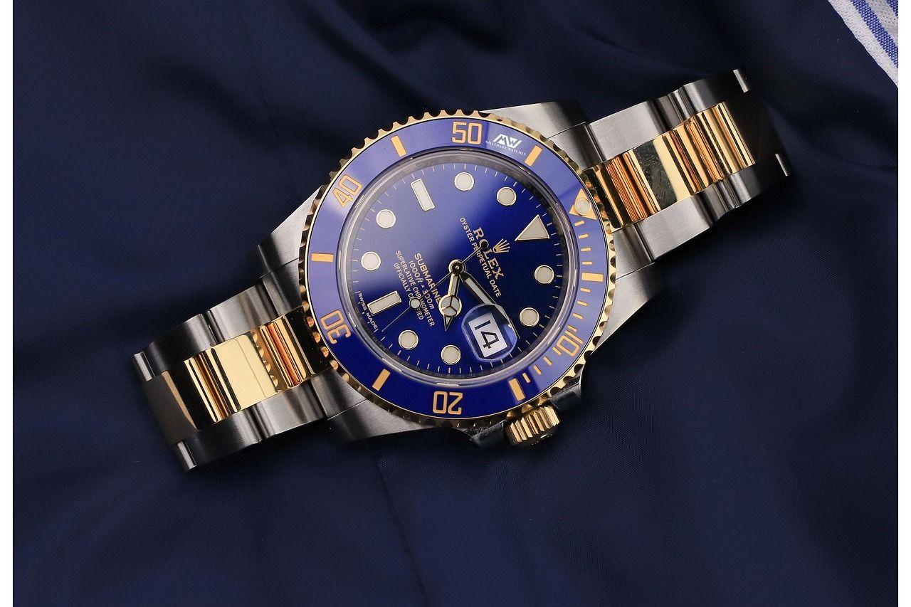 Czym wyróżniają się zegarki z mechanizmem kwarcowym?