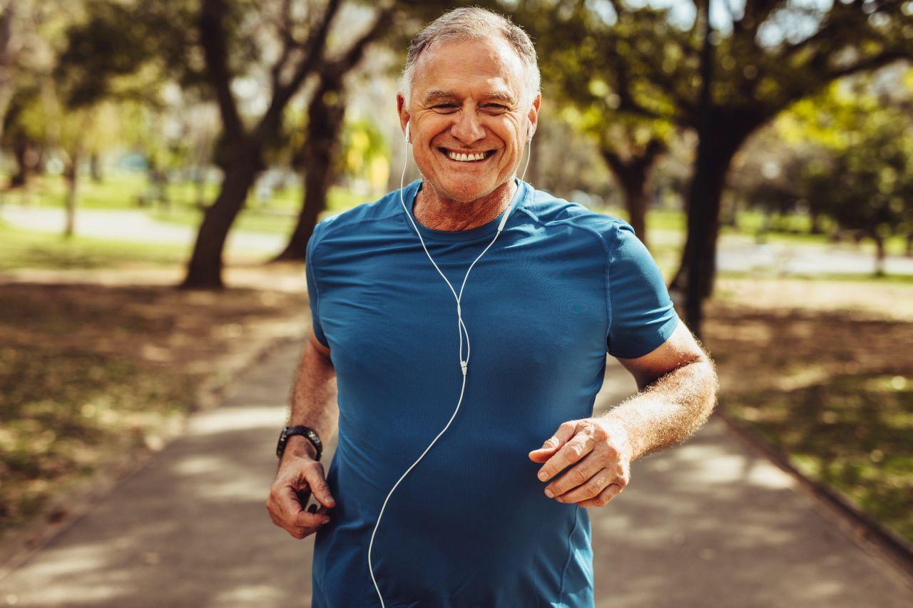 Jak cieszyć się sprawnym ciałem w każdym wieku?