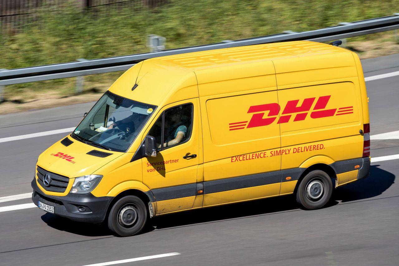 Jakie nośniki reklamy można zastosować w dziedzinie transportu?