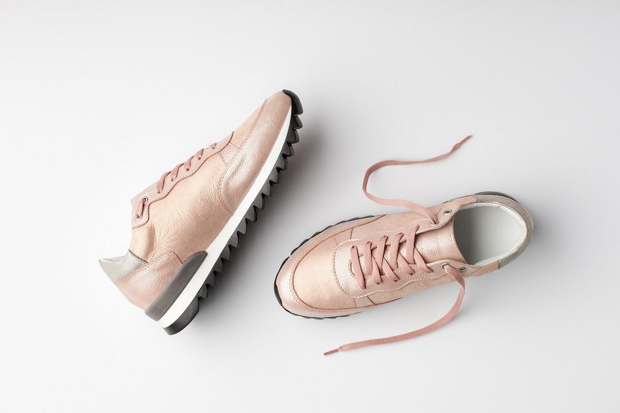 Jakie dodatki można dobrać do obuwia?