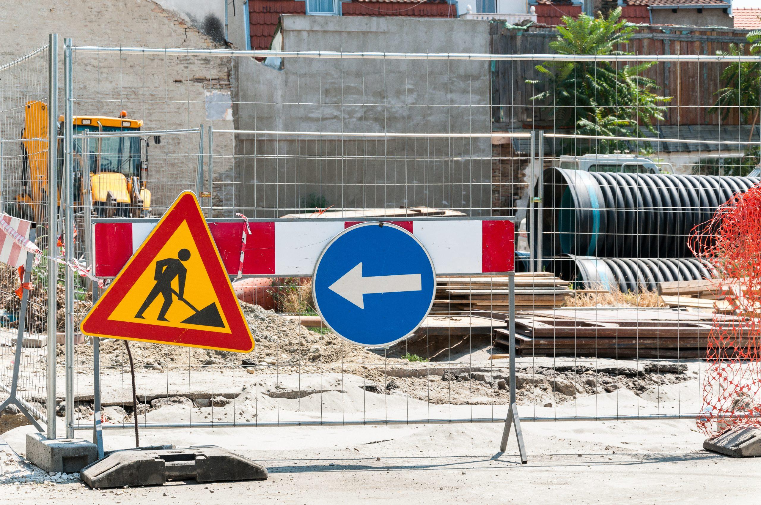 Prace budowlane przy drodze – jak zachować odpowiednie bezpieczeństwo