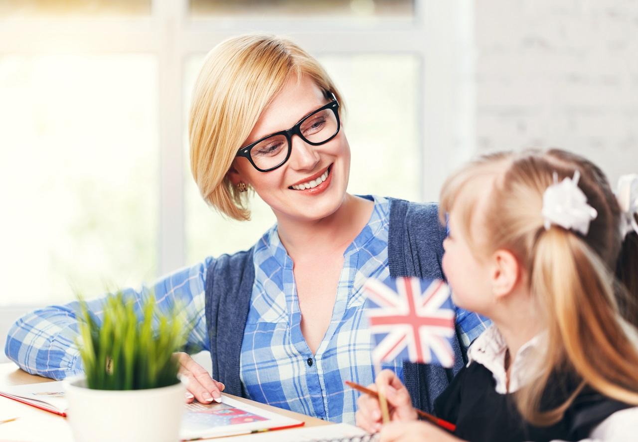 Kiedy warto zapisać swoje dziecko na naukę języków obcych?