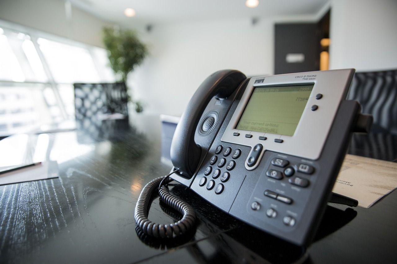 Jak można podnieść jakość prowadzonych przez firmę usług telekomunikacyjnych?