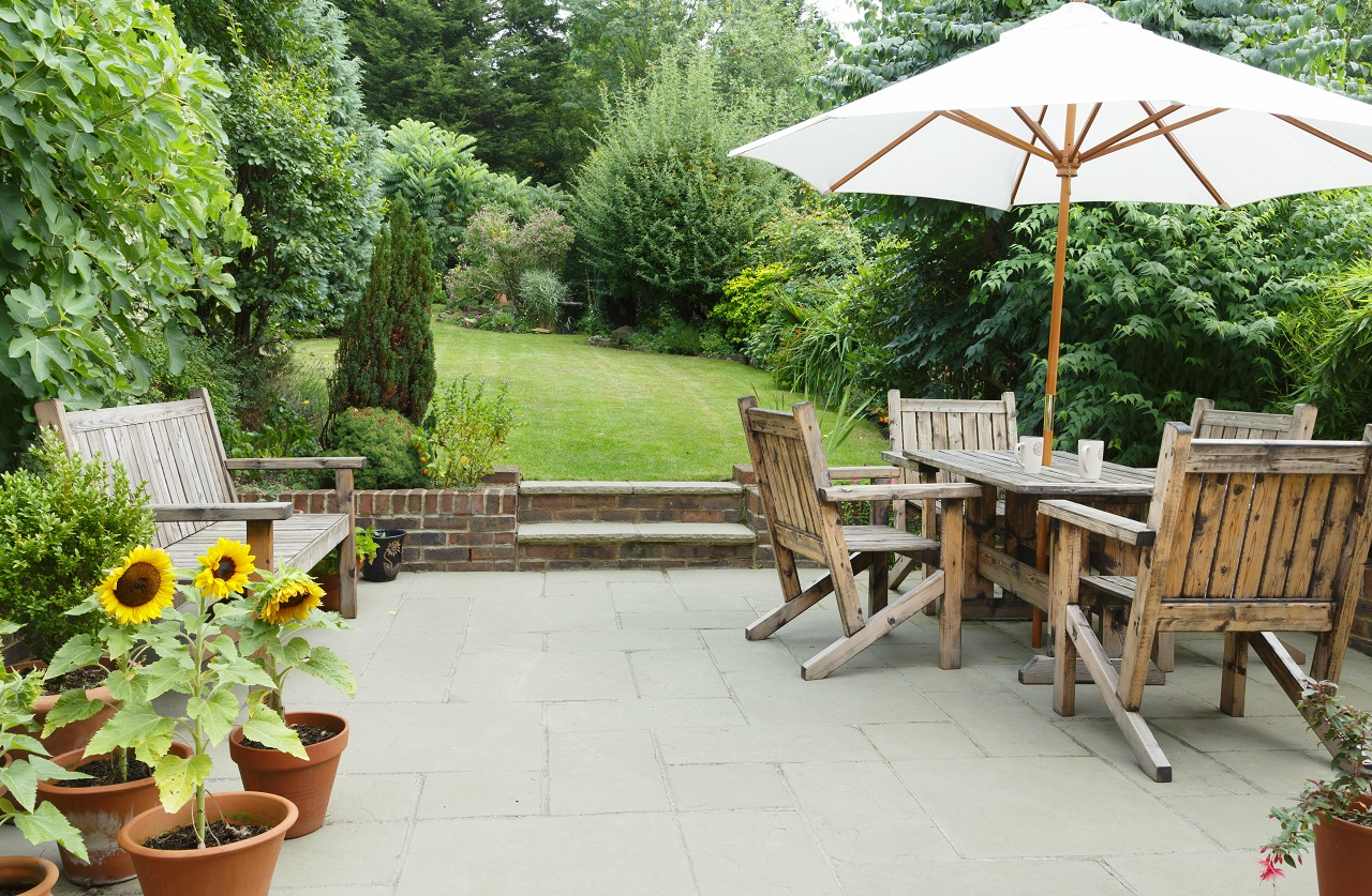 Budowa nowego domu – jak zadbać o ogród?