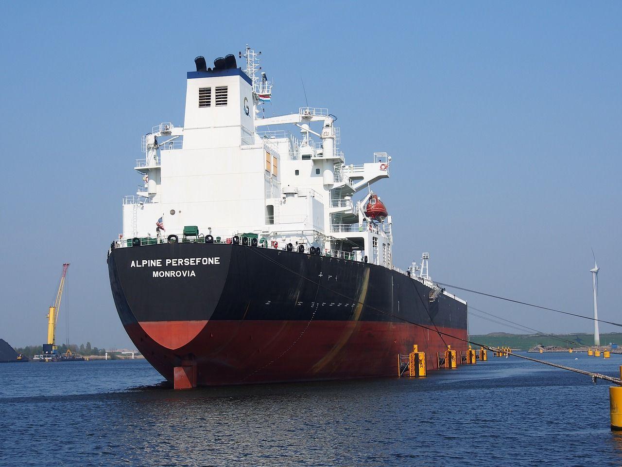 Jakie towary mogą być transportowane drogą morską?