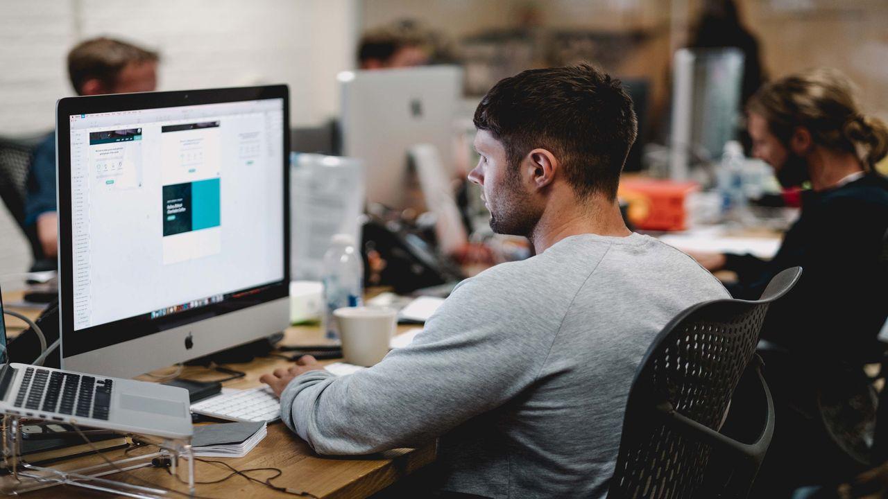 Z jakich aplikacji i oprogramowania warto korzystać na co dzień w pracy?