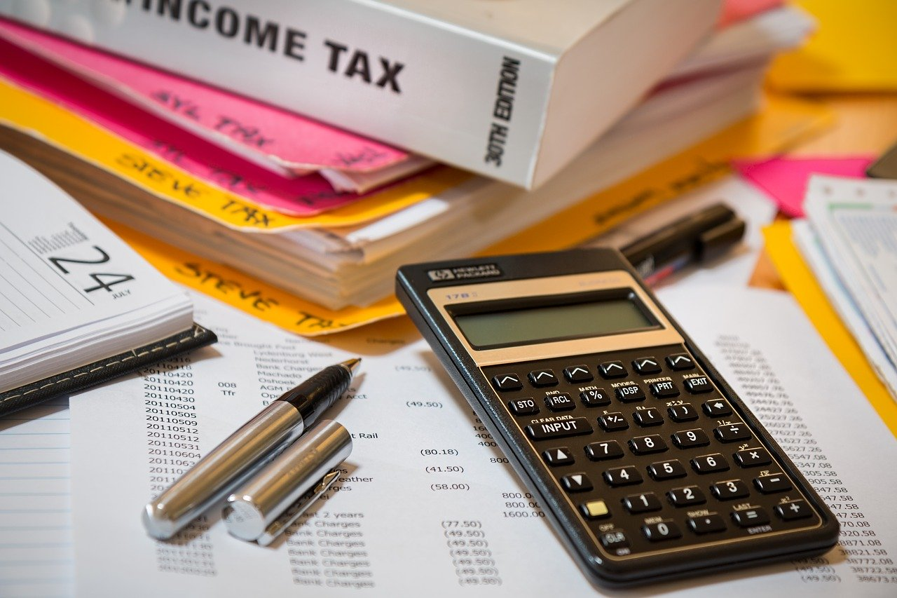 Problemy z urzędem skarbowym – gdzie szukać pomocy?