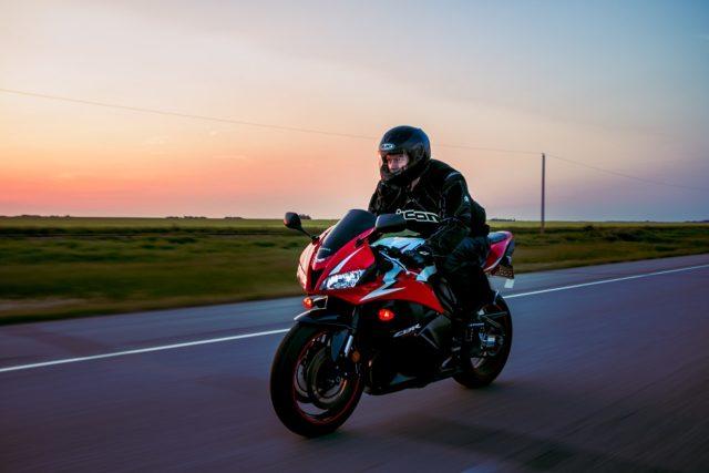 O czym należy pamiętać przy zakupie używanego motocykla?